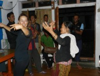 Dance with local peoples